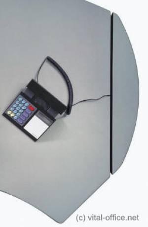 circon 行政经典舒适隐藏布线-行政办公桌-从地板到桌子上面。