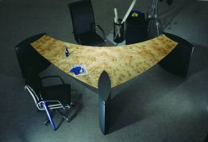 circon 行政翼-行政办公桌-现代管理手段。