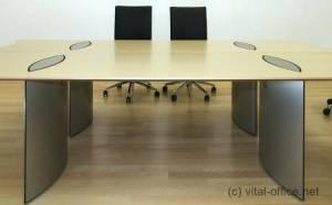 circon 行政基本-行政办公桌-舒适隐藏布线从地板到桌面。