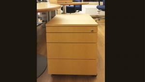 Rollcontainer BRC233 in Edelfurnier kanadischer Ahorn, lackiert BTH: 456x600x555mm