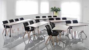 灵活多变的会议桌迎合您的所有需求